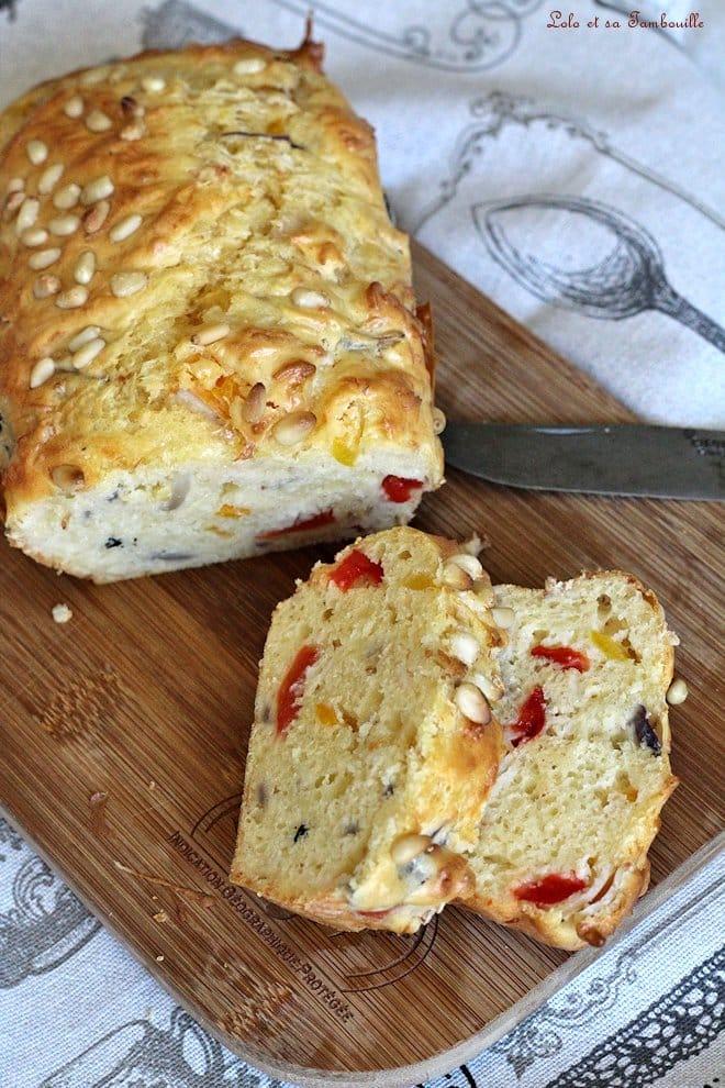 recette de cake salé avec des poivrons gillés