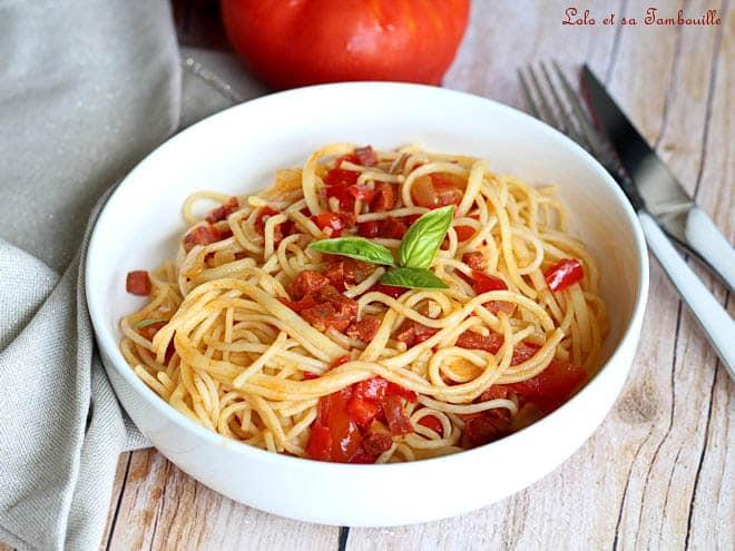 spaghettis chorizo,spaghettis chorizo tomate,spaghettis au chorizo,spaghetti au chorizo et poivrons,spaghetti au chorizo tomate