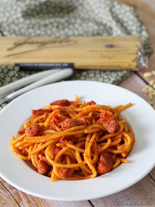 spaghettis avec des gésiers et des poivrons