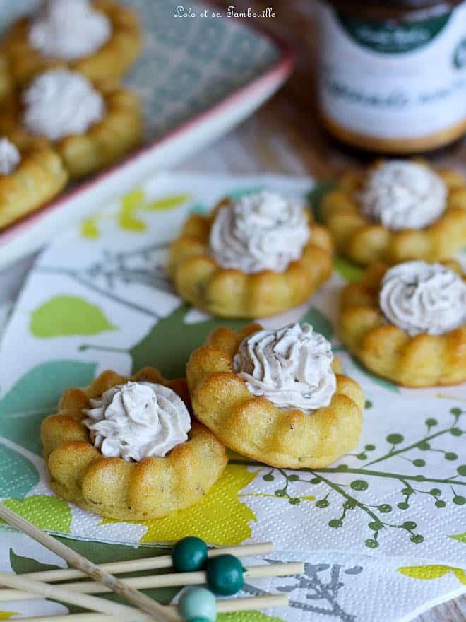Mini saint-honoré salés {crème au fromage & tapenade}