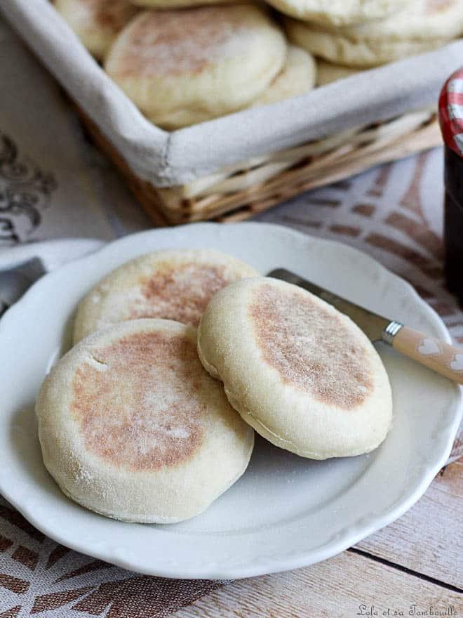 Petit déjeuner bristish. Recette de muffins anglais.