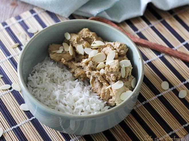 Sauté de poulet aux amandes