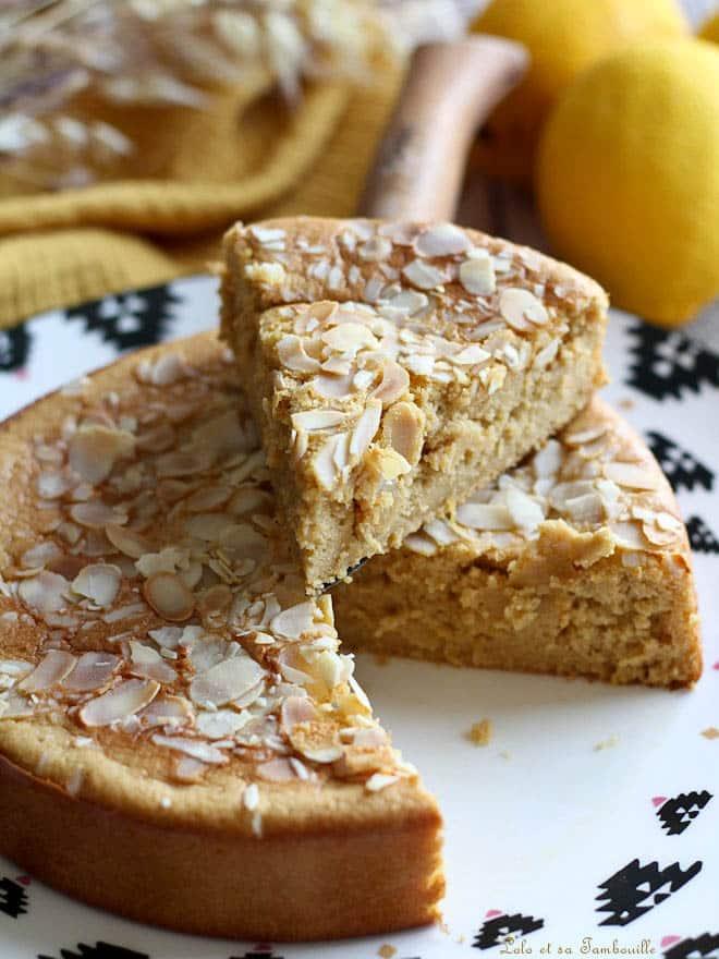 gâteau citron amande, gâteau avec purée d'amandes blanches, recette de gâteau avec purée d'amandes
