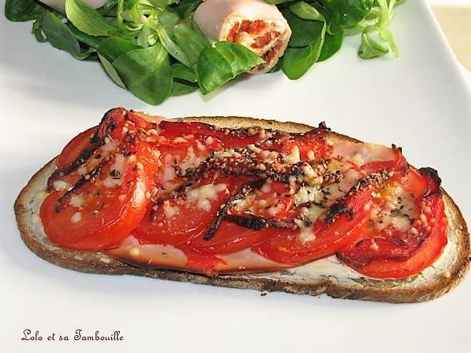 Tartines de tomates & poivron grillé
