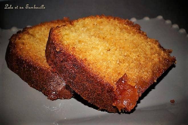 Cake à la confiture de pêches & abricots