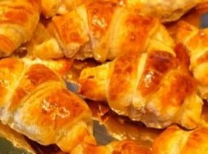 Croissants tomme frâiche et jambon chys