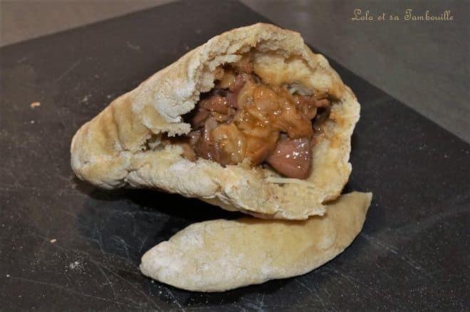 Pitas au mijoté d'agneau & légumes grillés au sésame