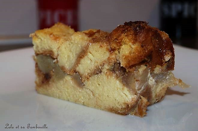 Pudding de brioche à la poire & chocolat à la cannelle