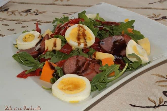 Salade aux piquillos, filet mignon mariné & dés de fromage