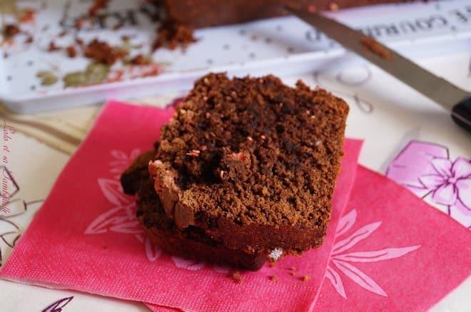 Cake au chocolat & pralines roses
