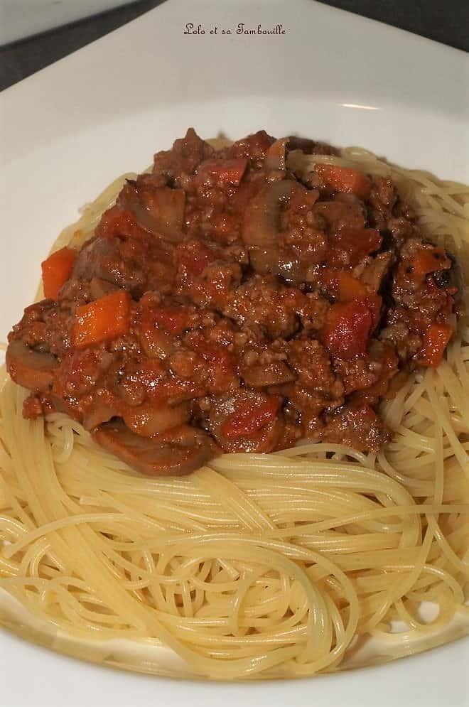 Spaghettis façon bolognaise