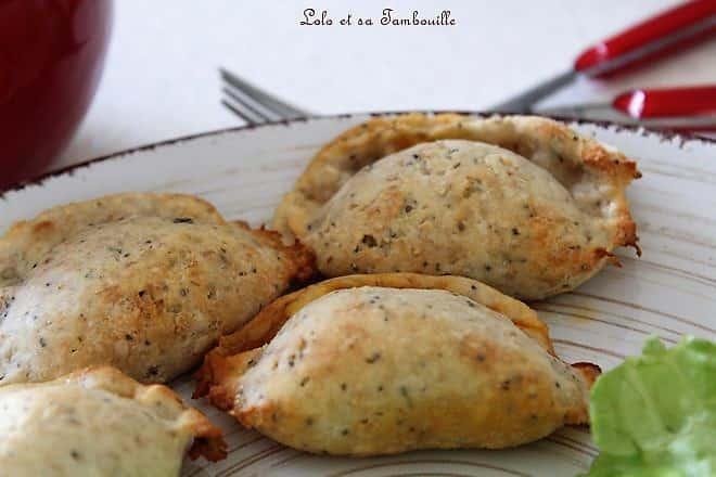 Chaussons au chorizo & cheddar {pâte aux petits suisses}
