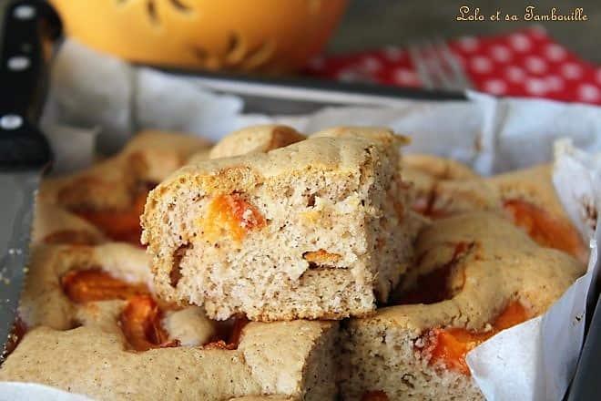 Moelleux à la purée d'amandes & abricots {sans beurre}