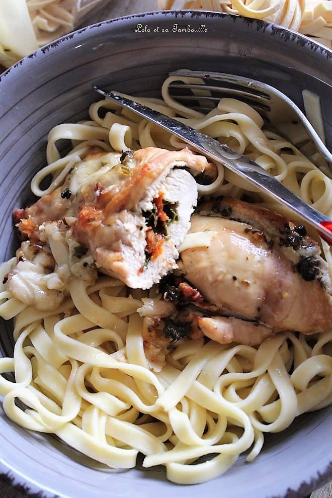 Saltimboca de poulet {pesto, mozzarella & tomates confites}