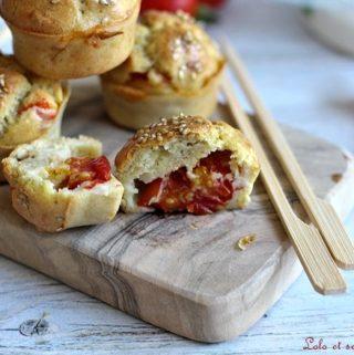 Muffins aux tomates cerise