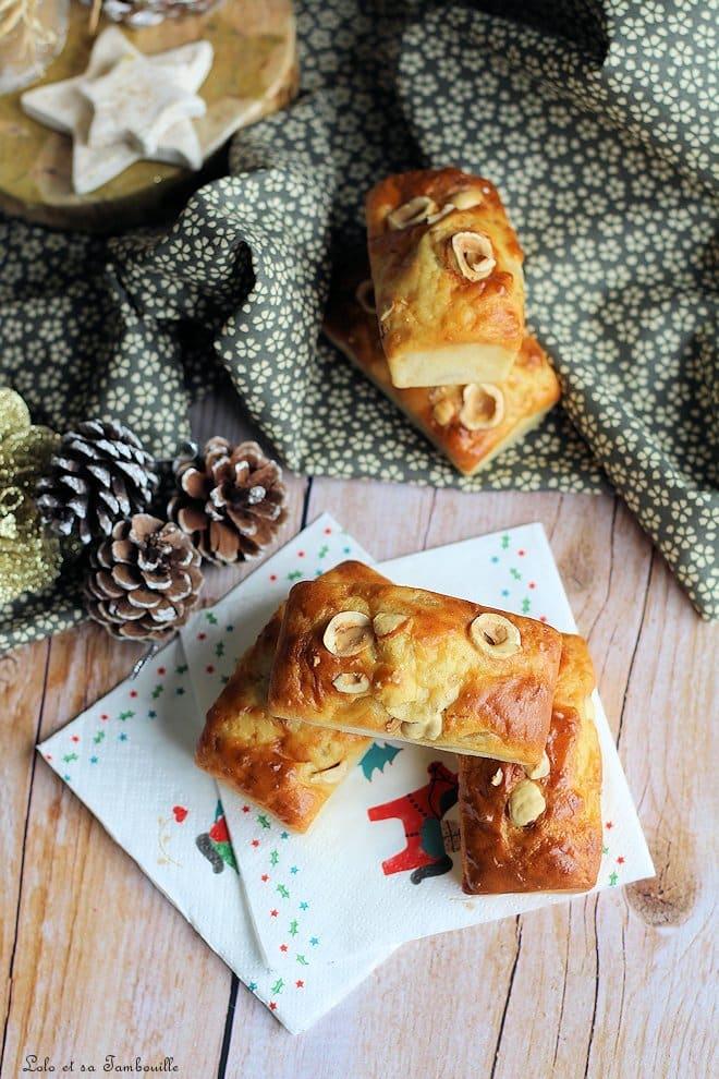 Cakes au confit d'oignon & noisettes