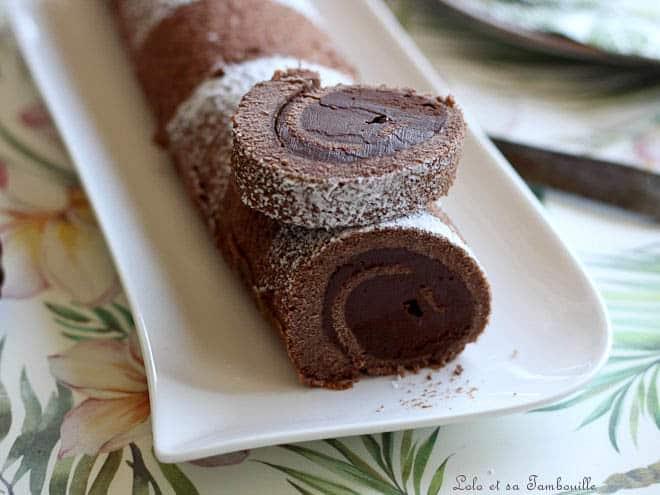 roulé tout chocolat,recette gateau roule tout chocolat,gateau roulé au chocolat,gâteau roulé facile et rapide,gâteau roulé moelleux