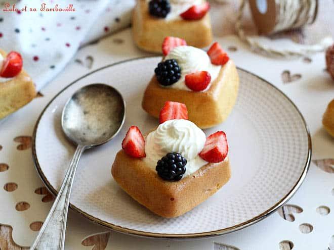 savarin aux fraises,savarin fraises recette,savarin fraises,savarin recette,savarin au rhum,savarin aux fruits