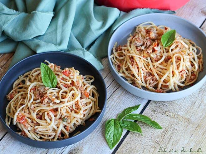 linguines au thon,linguines au thon aux capres et aux tomates fraiches,linguines au thon et aux olives