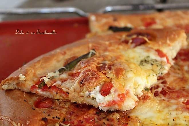 Pâte à pizza liquide